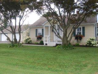 White Oak Cottage,'Family-Friendly', just outside of Strasburg. Free Wi-Fi