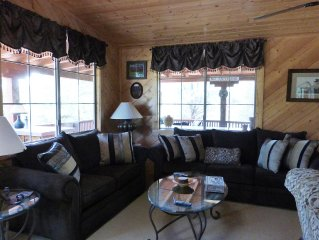 Beautiful Two Bedroom Cabin In A Unique Location