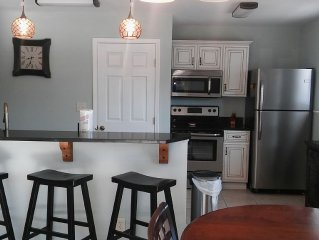 FULLY RENOVATED (July 2015) Cozy Beach Cottage On The West End
