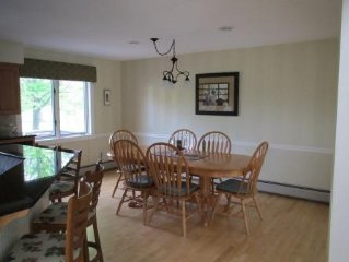 Relax!!! Come to Stowe and enjoy this very comfortable condo in a prime location