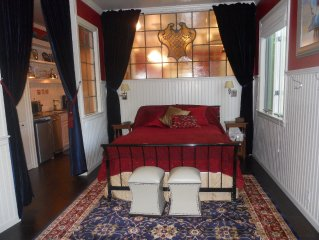 Exquisite Historic Suite Close to Downtown  14-21673