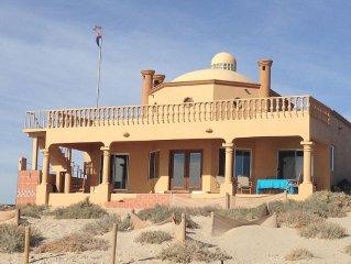 Beachfront On The Nicest Beach In Penasco 6 Br, 4 Bath, 20ft Dome Ceilings