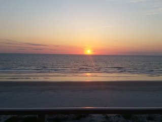 Ocean Front Condo on No Drive Beach In Quiet/ Family Friendly Ponce Inlet