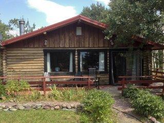 Quaint & Quiet Log Cabin Next To Glacier Park