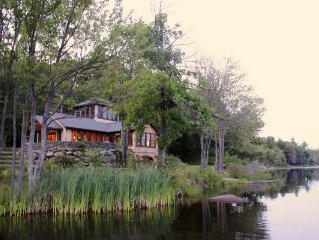 Gorgeous Private 300 acre estate Boathouse, 90 minutes from NYC