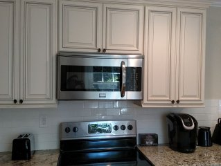 Fantastic 4br/2bth Fully Renovated Close to Southpark, Downtown, Myers Park
