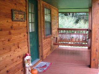 $175/nt NO FEES! NO TAXES! Creek,hot tub, peaceful, 3mi to Gatlinburg