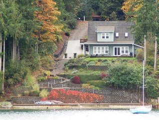 Lakebay Waterfront Beach House Year-Round With Unbelievable Views!