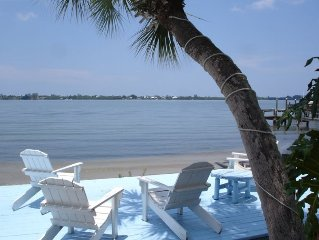 Waterfront - Bonfires - Tiki Bar - Sunset Deck - Fishing Dock