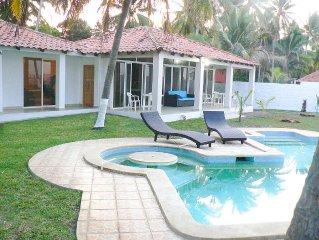 4 Bedroom, 4 Bath Modern beach house!