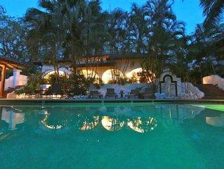 Elegant Two Story Villa, Casa Fandango, Playa Tamarindo and Play Langosta