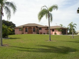 A Home 4 All Seasons-boat Docking,Gulf Access,Heated Pool With Spa, Paradise!!!!