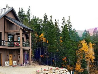 Brand New Luxury Home, minutes from Breckenridge, Indoor Hot Tub, Mountain Views