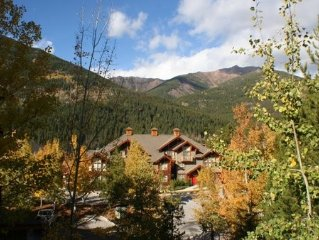 GREAT VIEWS OF SKI HILL AND VALLEY IN UPPER VILLAGE CLOSE TO ALL AMENITIES!