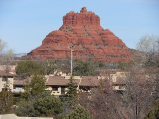 July Special! Low Rate for July! Red Rock Views from Living Room and Private Dec