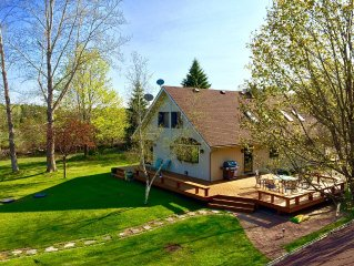 Newly remodeled home & guest house w/ sauna - 10 acres of beauty & privacy.