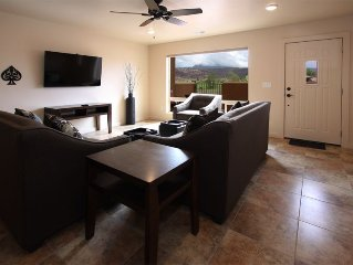New, 1500 sq. ft. townhome with great views