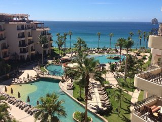 Luxurious Villa With Views, Privacy, And Free WiFi In The Heart Of Cabo!