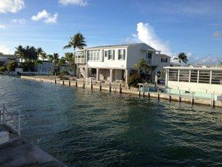 Casa Del Mar 2 Bedroom Waterfront Getaway - 5 Star Gated Community