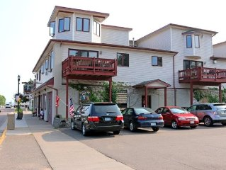 SAVE 15% Last Minute Special Click 'Rates' tab Condo Sleeps 8. Dtn Bayfield.