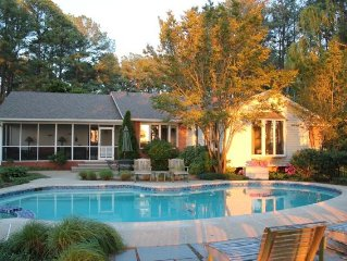 'Sandy Pines' 4BDRM on Harris Creek w/Pool, Dock, Paddle boards, Kayaks, Sunfish