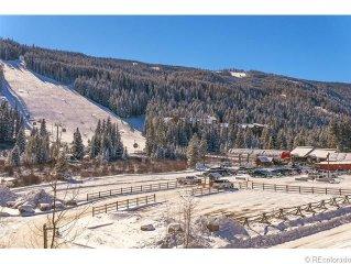 Winter in the Rockies! Keystone - 100 Yds to Gondola.