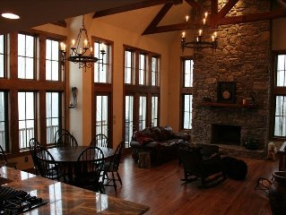 Rustic Luxury at 4700' - Views, Hot Tub, Fireplace & Suites