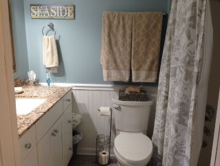 Totally Renovated Charming Beach Cottage Condo