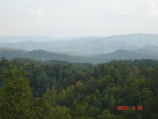 8/27-9/1 Save $100! Private, Secluded, Hot Tub, Incredible Views