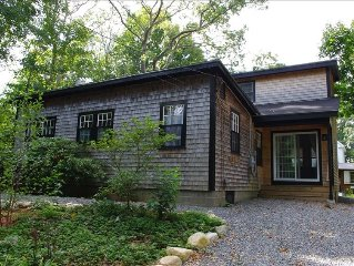 Charming, Family Friendly and Convenient 4-Bedroom Cottage in Woods Hole