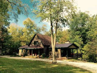 PERUSE OUR INCREDIBLE REVIEWS!  Creekside Cottage Awaits Your Visit!