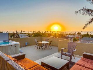 Sweeping Ocean Views, Close to Downtown, Rooftop Jacuzzi, 5 Tv's, Close to Beach