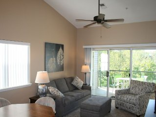 Completely Remodeled! Clean & Quiet. Walk to Golf