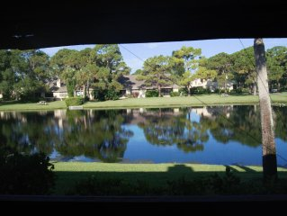 Newly Remodeled And Close To Beaches, Shopping And Sarasota's Many Attractions