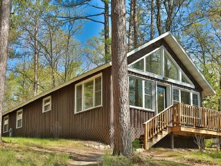 Pinehurst Resort, St. Germain - Luxurious Lake Front Cabin on Little Saint