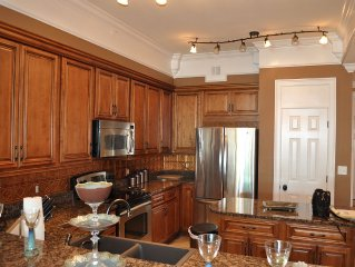 Luxury Penthouse Level 3 Bedroom-2 Bath Condo With Incredible Gulf Views