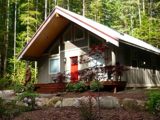 $50 off every weeknight (March only), 2 Bed/2 Bath, New Sauna