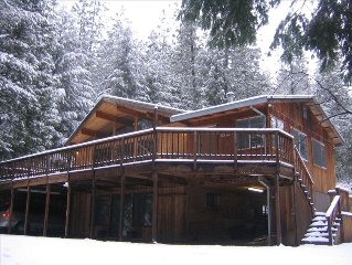 Gorgeous Cedar Cabin on 5 Acres in Forest by Lake- 2 Cabins in 1