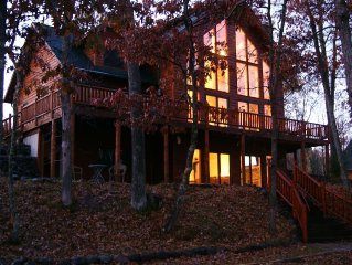Bring your family for a Northwoods vacation at Luxury Lakehouse