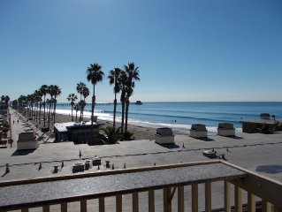 D204 SPECTACULAR VIEWS! WAVES/BEACH/PIER FROM EVERY ROOM! STEPS TO BEACH