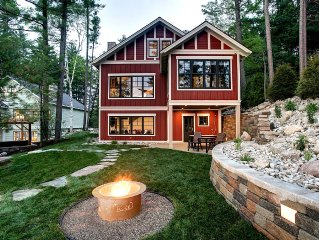 Newly Built Luxury Lakefront Lodge With Sandy Beach, Hot Tub, Kayak/SUP, Dock