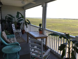Beautiful 3BR Waterfront Condo .5 Mi from Folly Beach