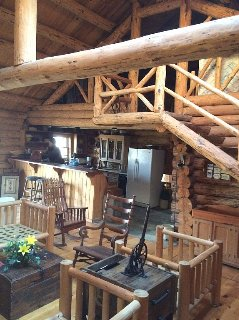 Rustic Log Cabin w/private Root River Access and Acreage