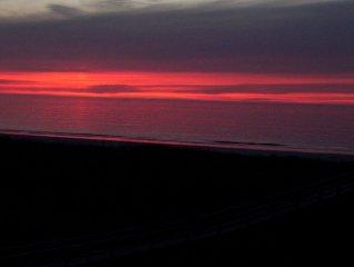 Direct Ocean Front Top Corner Condo  Wonderful View