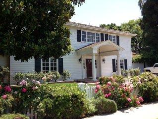 Luxury 4B w Large Backyard &  Pool Near; Disneyland, LA, Newport Beach, Laguna
