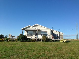 Oceanfront Fully Equipped Private Family Cottage 3 Bedroom
