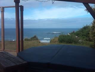Ocean Front Cabin W/Hot Tub NO ADDITIONAL FEES!