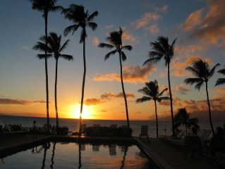 MAUI ~ Ocean Front, Lounging Turtles, Lovely Sunsets!