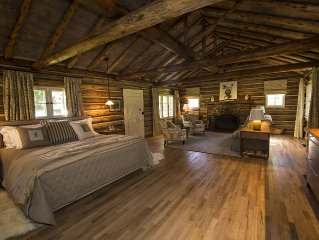 Luxurious Historic Log Cabin on 7 Park Like Acres on 1/3 mile of Hermosa Creek