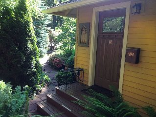 Cozy, Custom & Private Garden Home in Gig Harbor, Wa